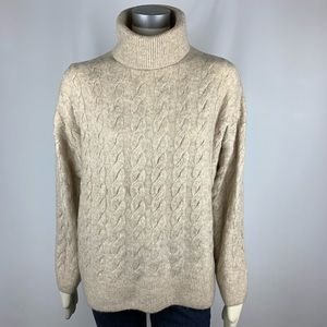 H&M | NWT Cable Knit Turtleneck Sweater